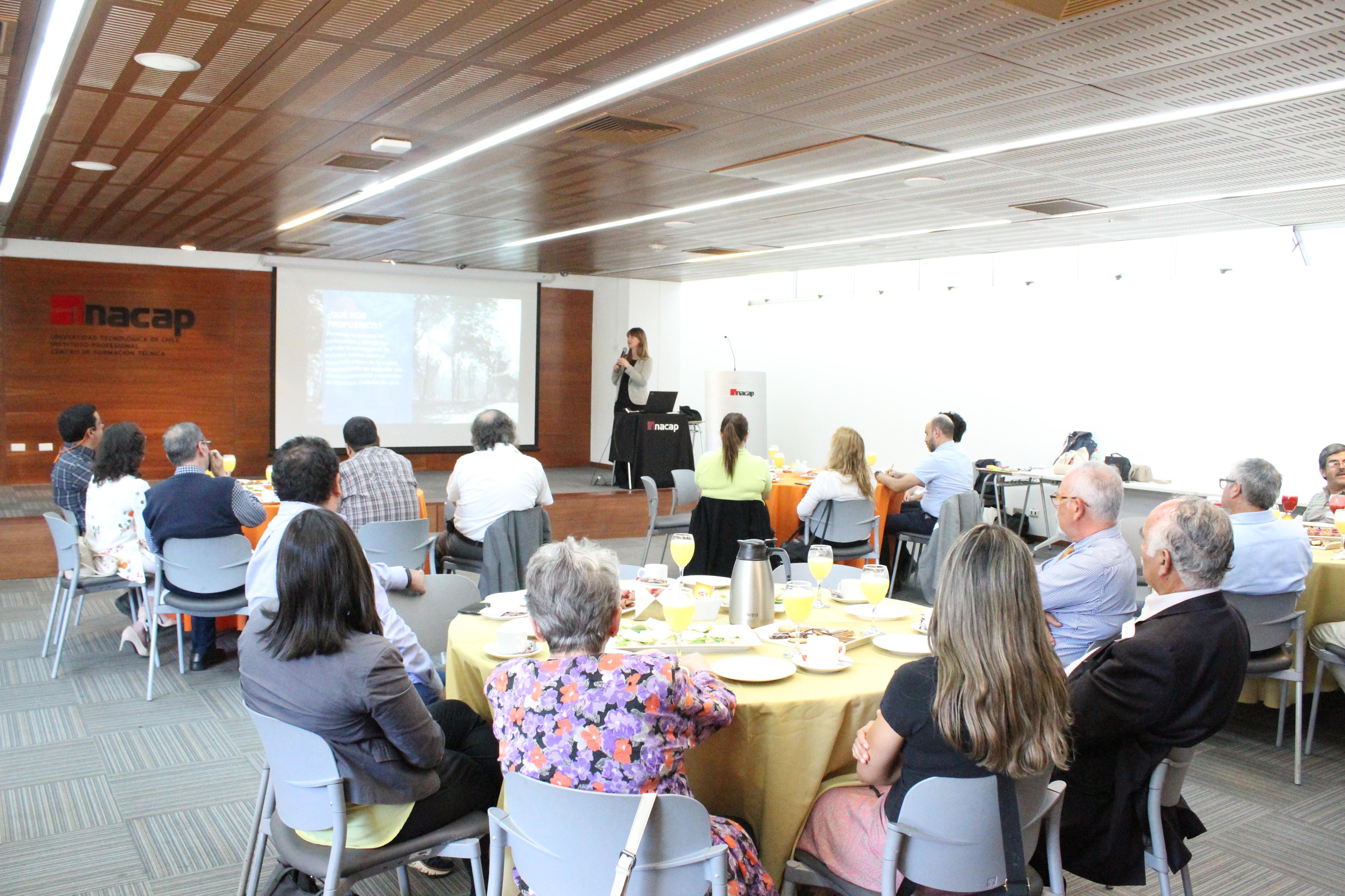 Diálogo ciudad convocó a expertos y actores a trabajar en torno a la trayectoria de desarrollo